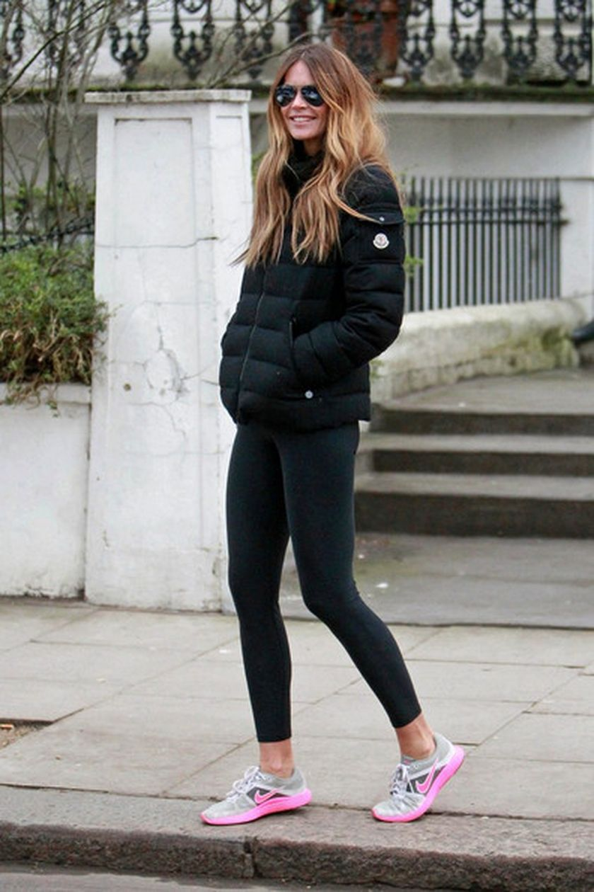 Sporty Black Leggings Outfit And Sneakers 13 Fashion Best