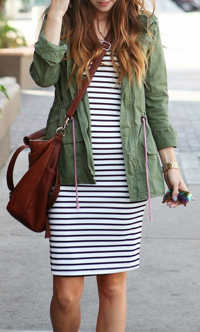 Casual black white striped midi dress outfit 35 - Fashion Best