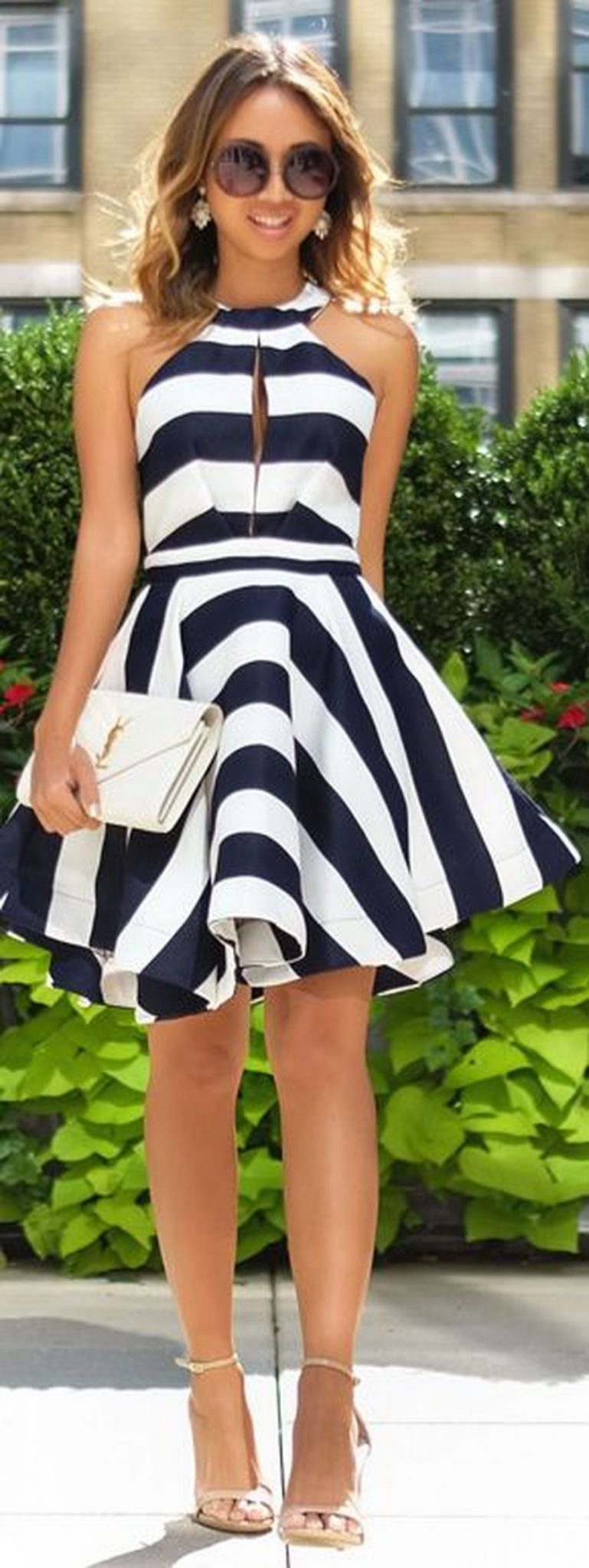 how to make a black and white striped cale