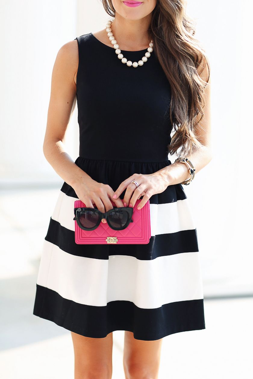 70 Fabulous Casual Black White Striped Midi Dress Outfit that Must You Have - Fashion Best