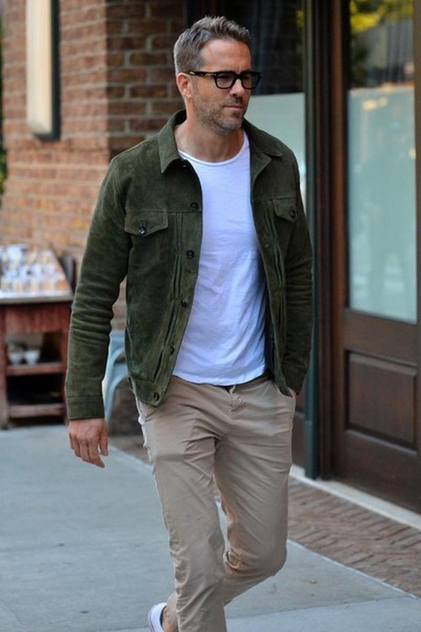 Ryan reynolds casual outfit style 13