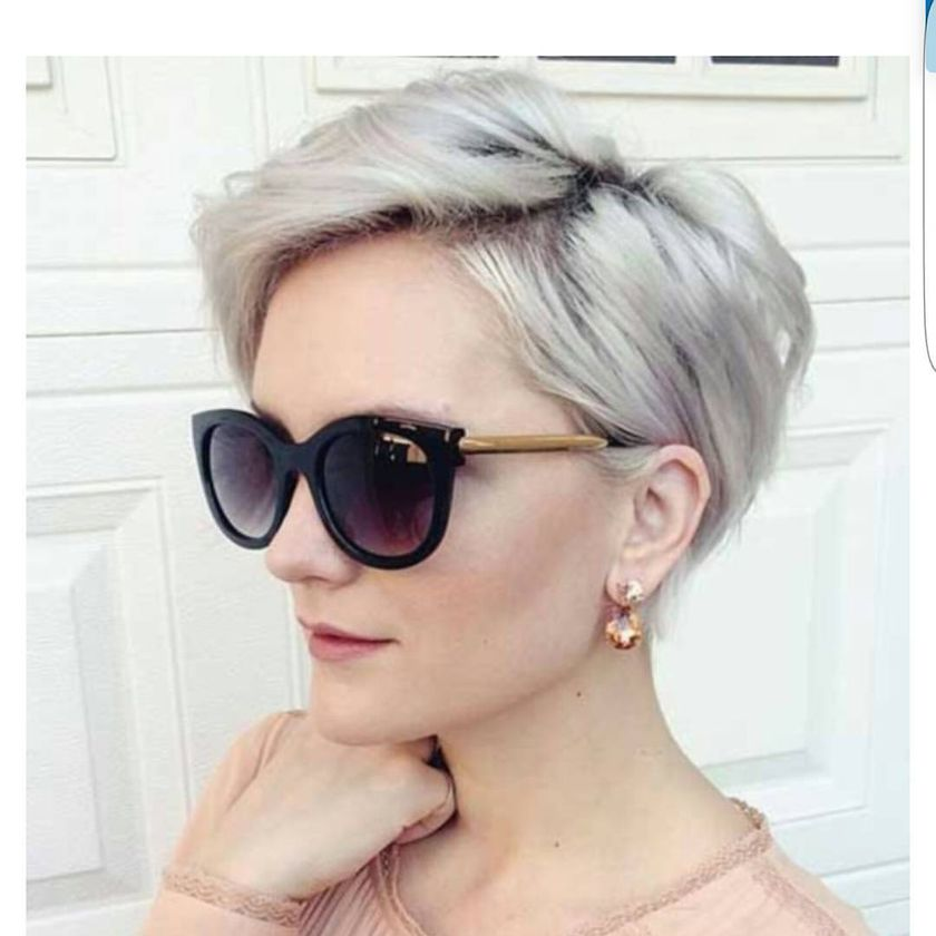 Short Hair Pixie Cut Hairstyle With Glasses Ideas 70