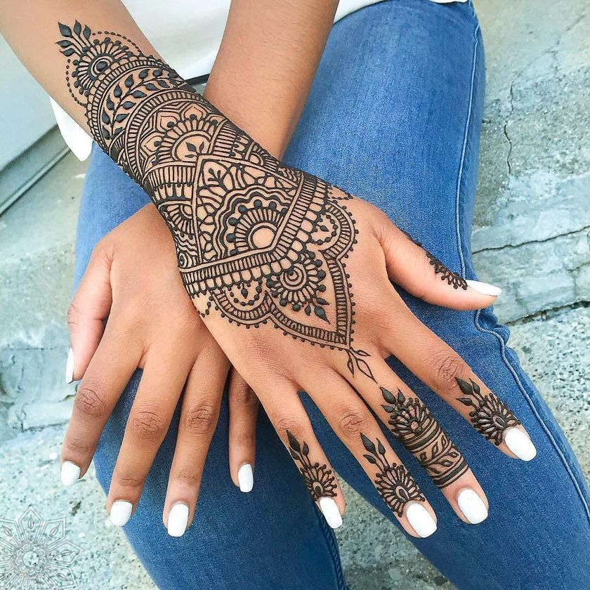 stunning image of mandala henna hand art 3 fashion best