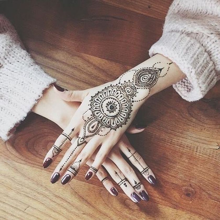 Stunning Image Of Mandala Henna Hand Art 31 Fashion Best