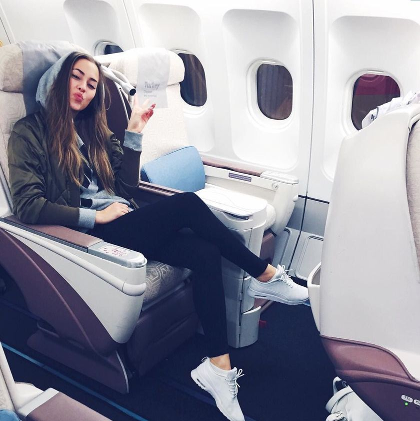 Summer airplane outfits travel style 21 - Fashion Best