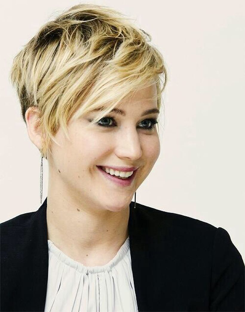 Perfect short pixie haircut hairstyle for plus size 29