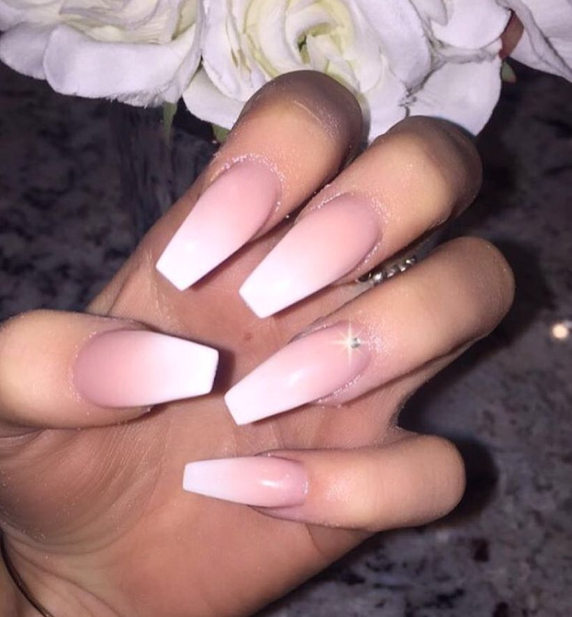 Fantastic ombre nails ideas that must you try 29 - Fashion Best