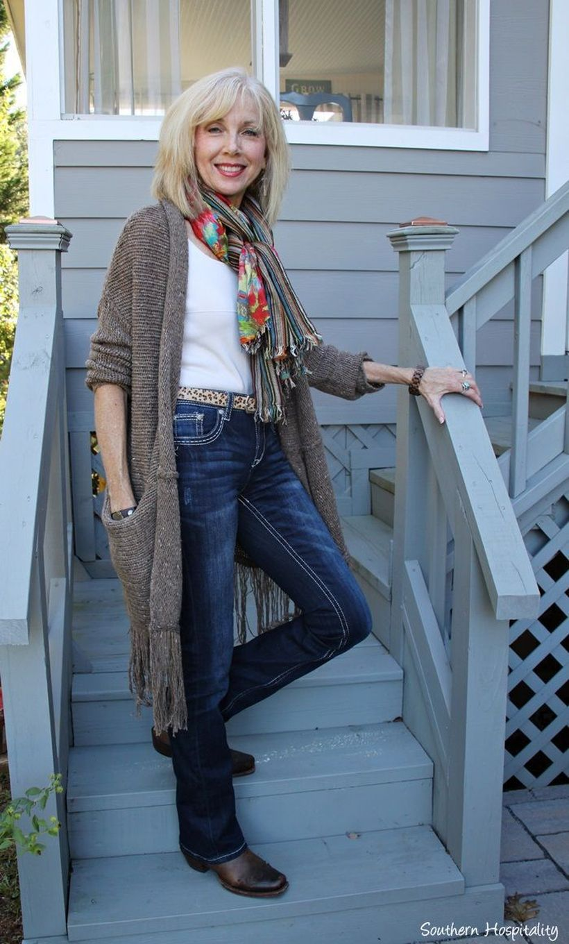 Fashionable over 50 fall outfits ideas 139 - Fashion Best