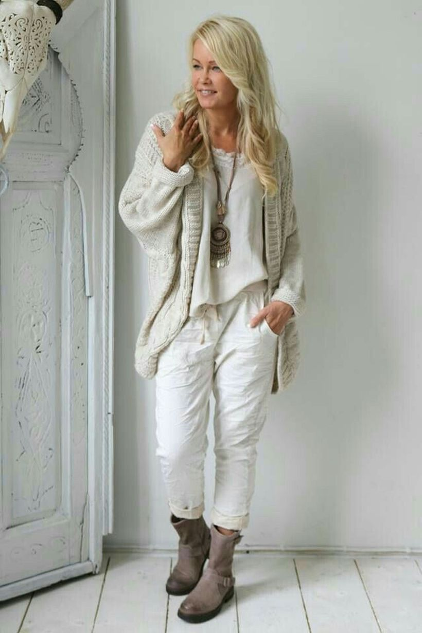 Incredible Fashion Outfits Women Over 50 Casual