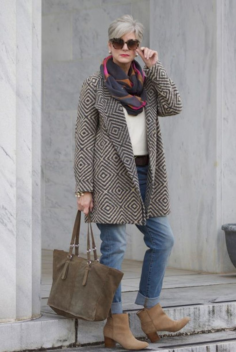 Appealing Fall Fashion Outfits Over 50
