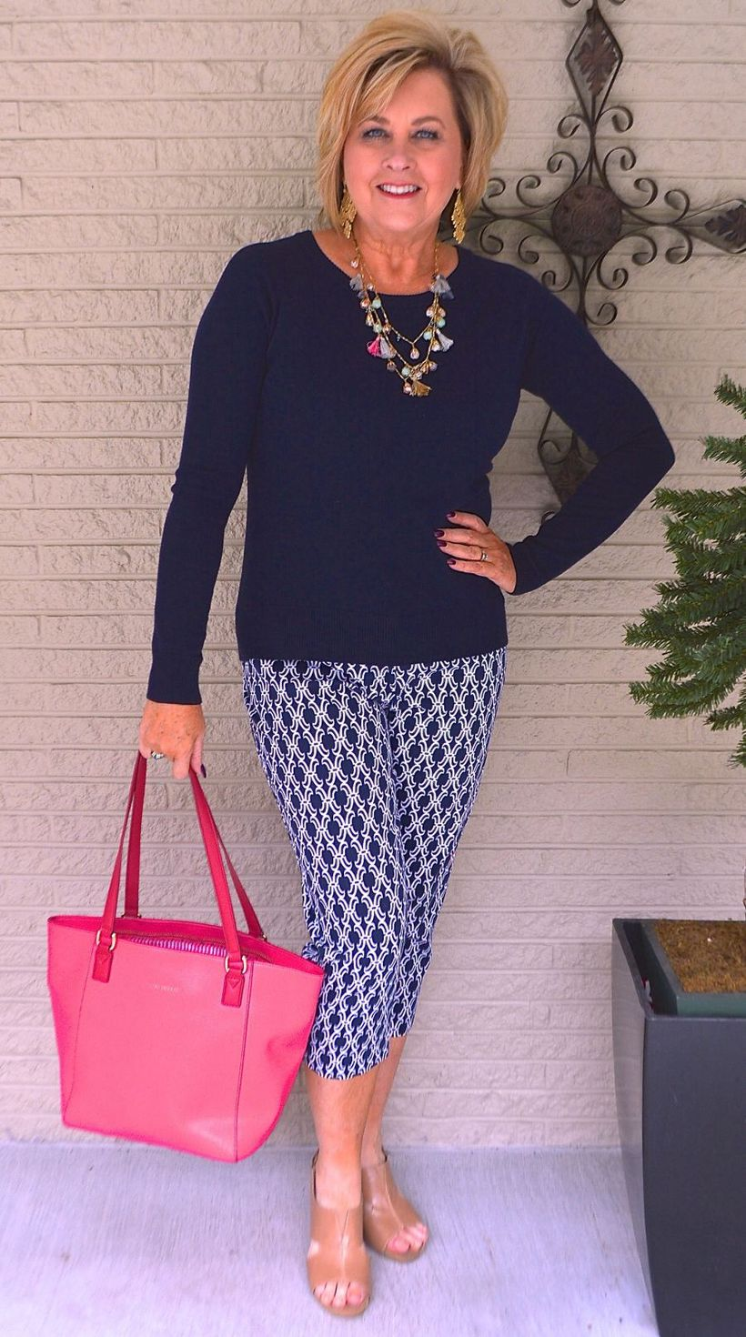 Fashionable over 50 fall outfits ideas 97 - Fashion Best
