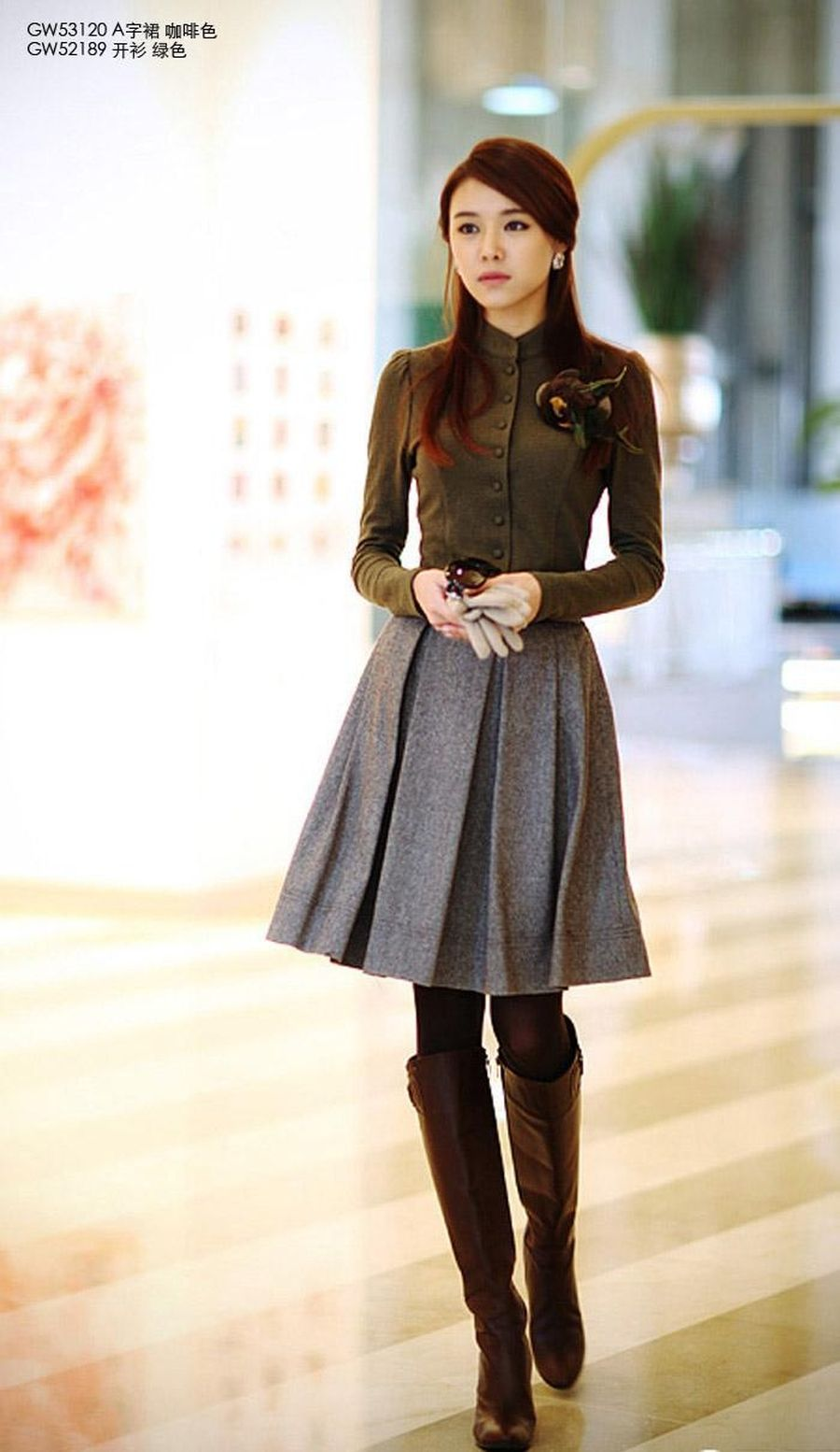 Inspiring Skirt And Boots Combinations For Fall And Winter