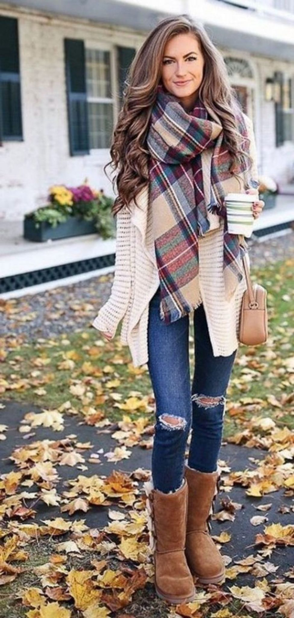 Fashionable scarves for winter outfits 30 - Fashion Best