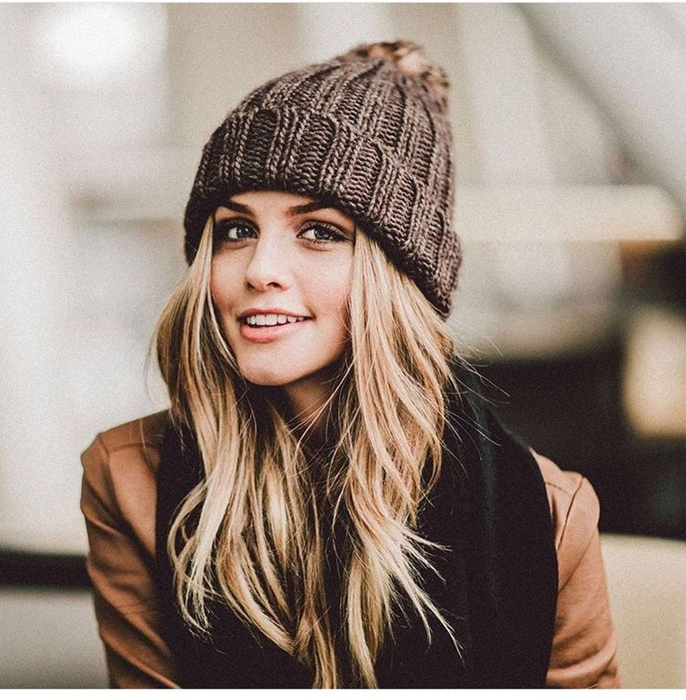 adf4cc70 Fashionable women hats for winter and snow outfits 28 - Fashion Best