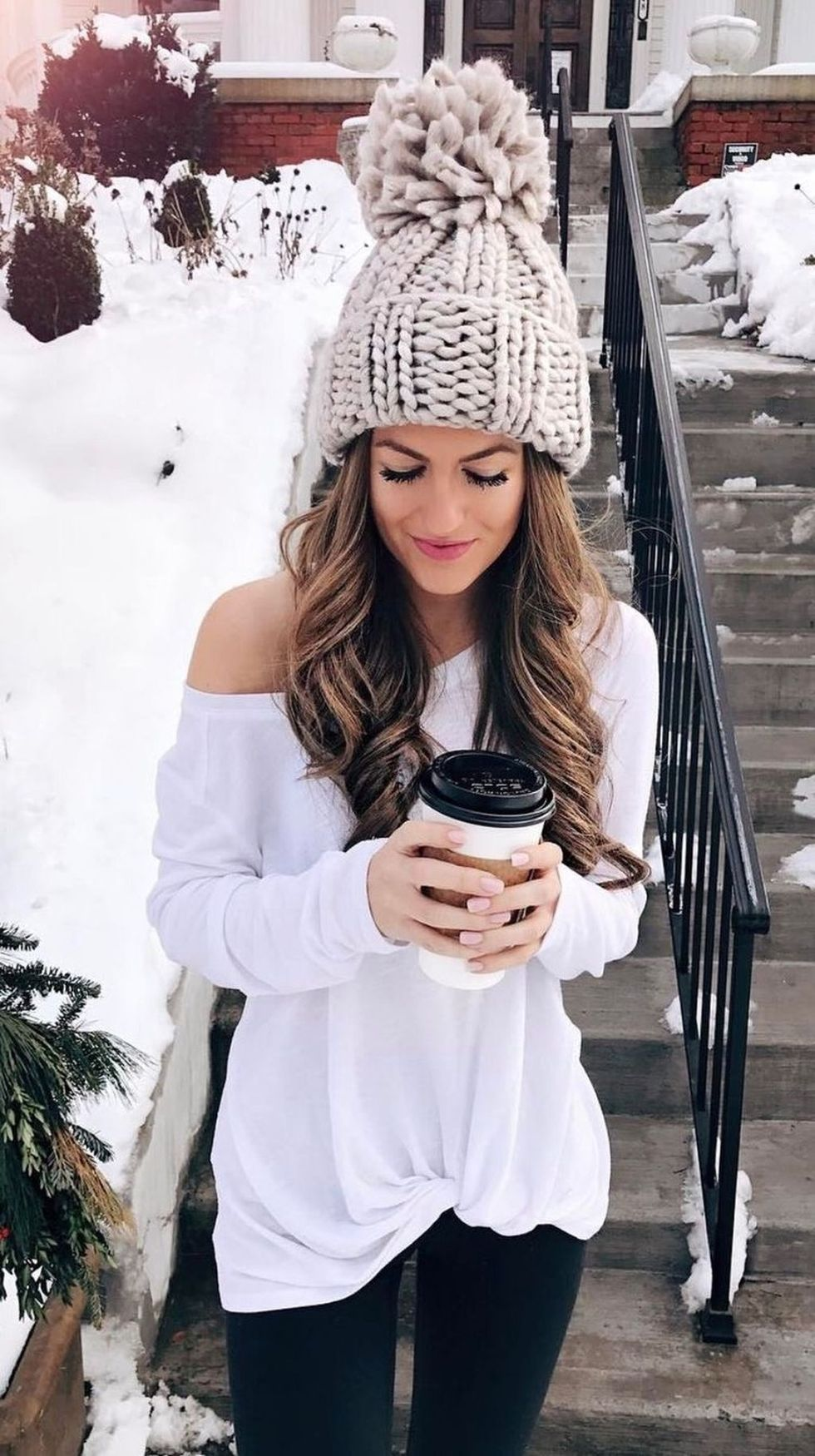 Fashionable Women Hats For Winter And Snow Outfits 33 -4034