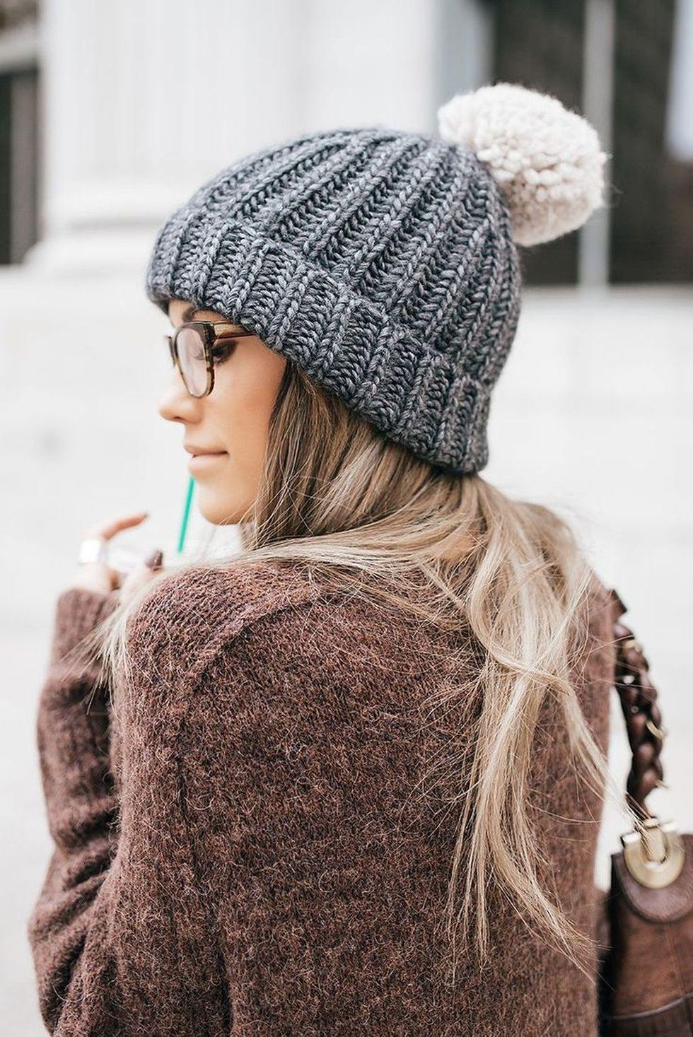 Fashionable Women Hats For Winter And Snow Outfits 4