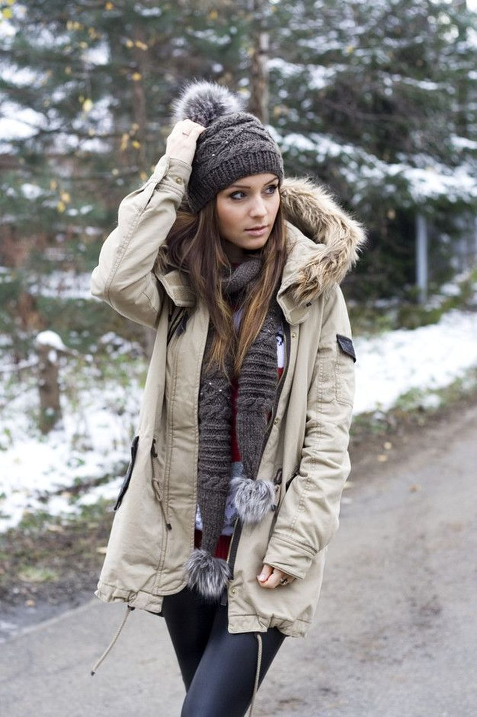 Fashionable Women Hats For Winter And Snow Outfits 54 -5590