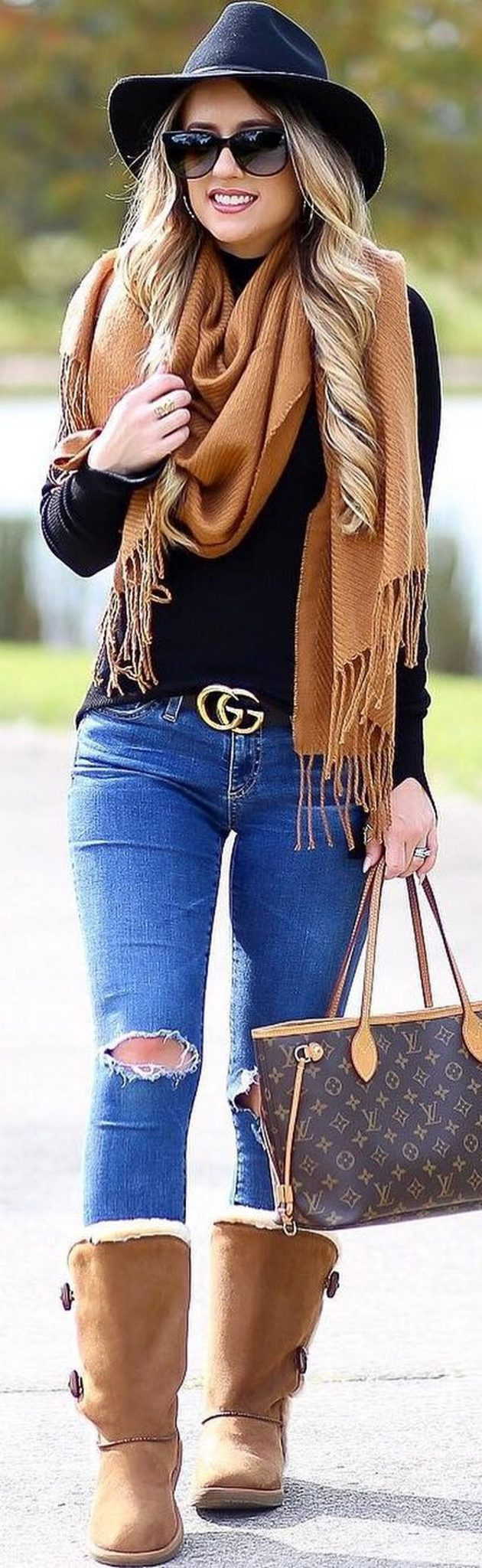 Fashionable Women Hats For Winter And Snow Outfits 74 -7926