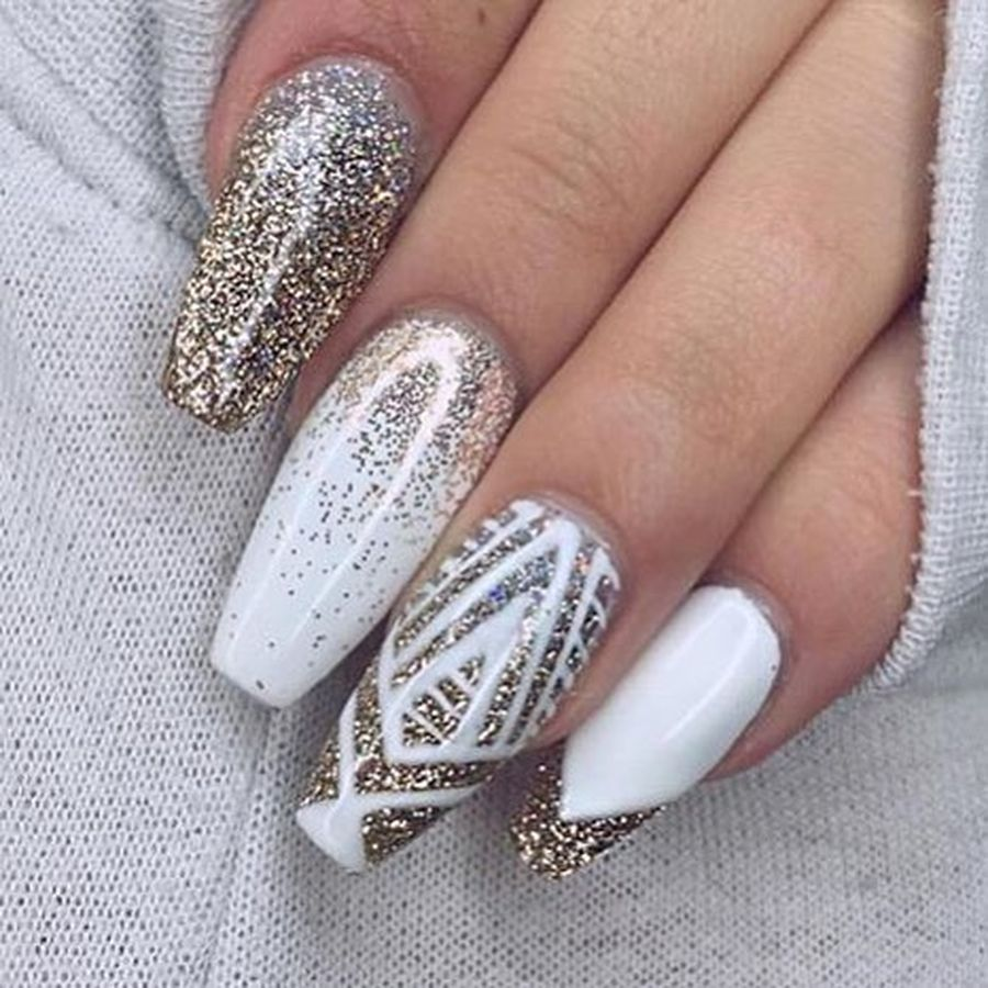 Gorgeous Christmas Nails Ideas 22 Fashion Best