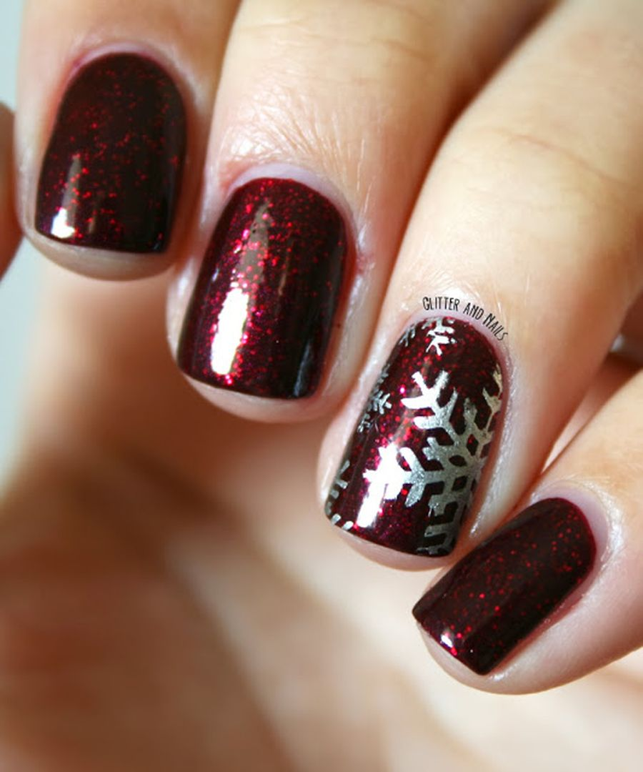 Gorgeous christmas nails ideas 8 - Fashion Best