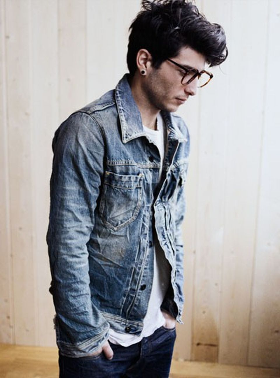 Casual Indie Mens Fashion Outfits Style 8: Casual Indie Mens Fashion Outfits Style 19