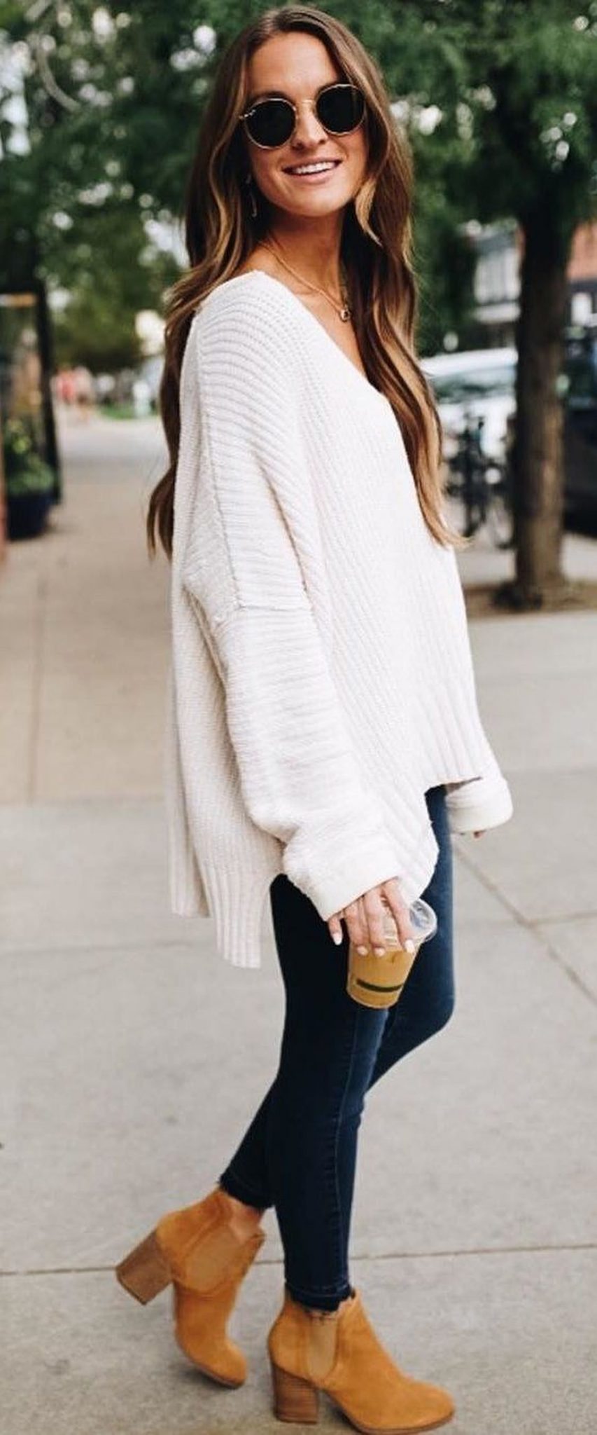 Fashionable oversized sweater for winter outfit 13 - Fashion Best e5ad0bf0c