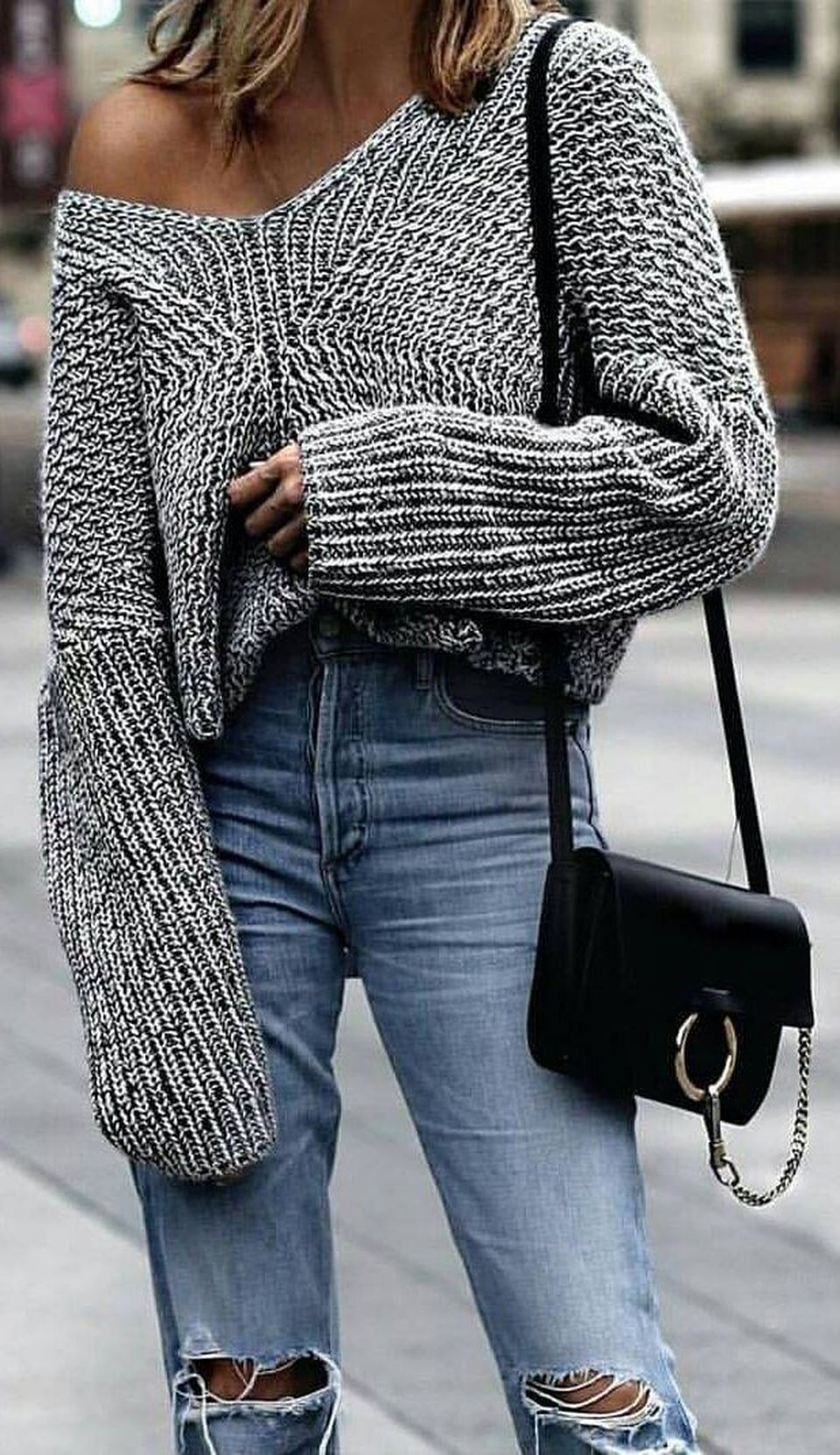 Fashionable oversized sweater for winter outfit 26 , Fashion
