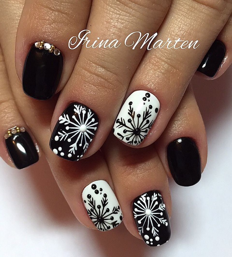 Winter Nail Designs 2017: Pretty Winter Nails Art Design Inspirations 13