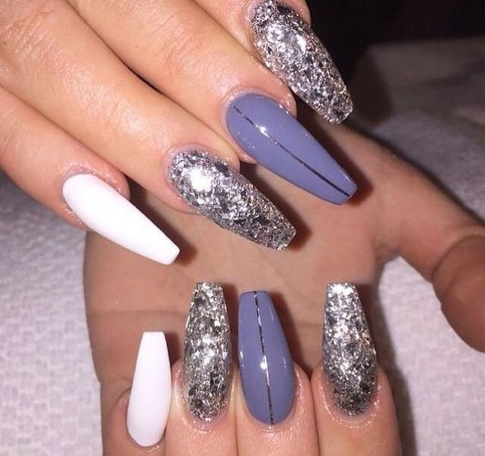 Sweet acrylic nails ideas for winter 32 - Fashion Best