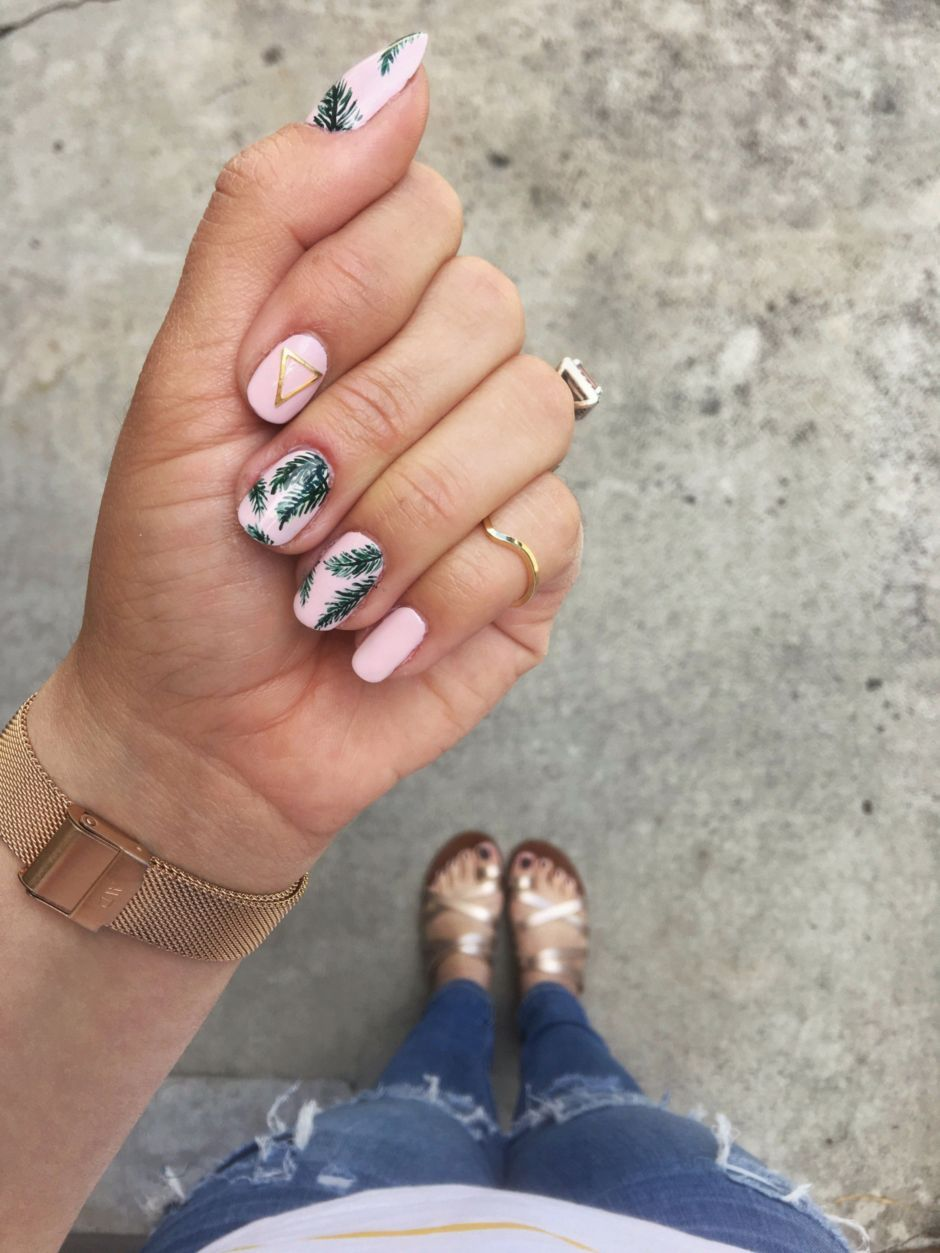 Best Colorful and Stylish Summer Nails Ideas 13 - Fashion Best